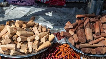 Сандаловое дерево и уход за кожей - несколько секретов из Индии