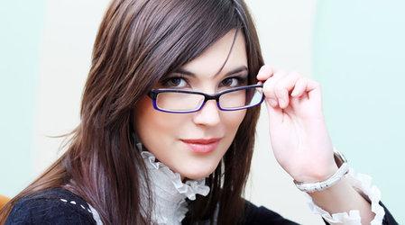 Макияж для всех, кто носит очки